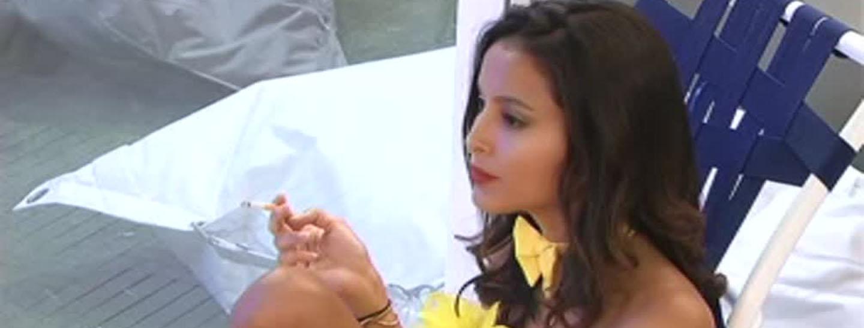 Laura critica la scelta di Mariana