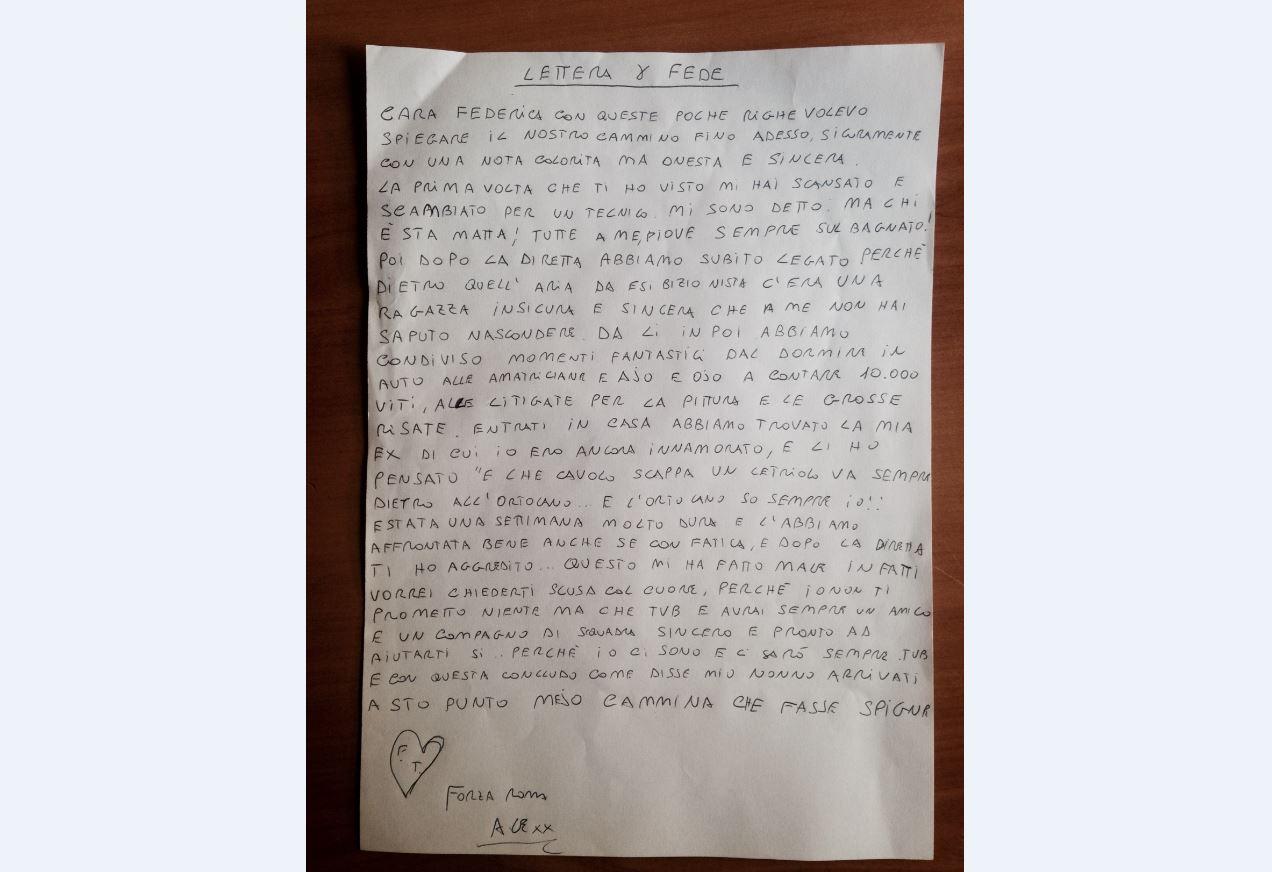 Federica legge la lettera di Alessandro