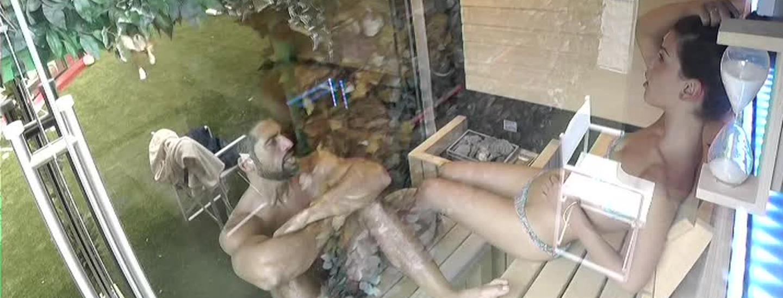 In sauna come in Confessionale