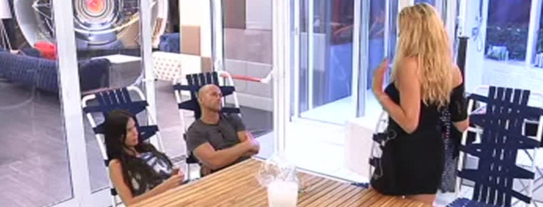 Valeria e Stefano litigano per Mariana