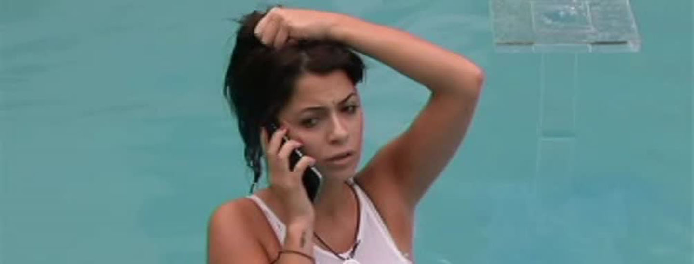 Chiamata in arrivo per Alessia e Antonella