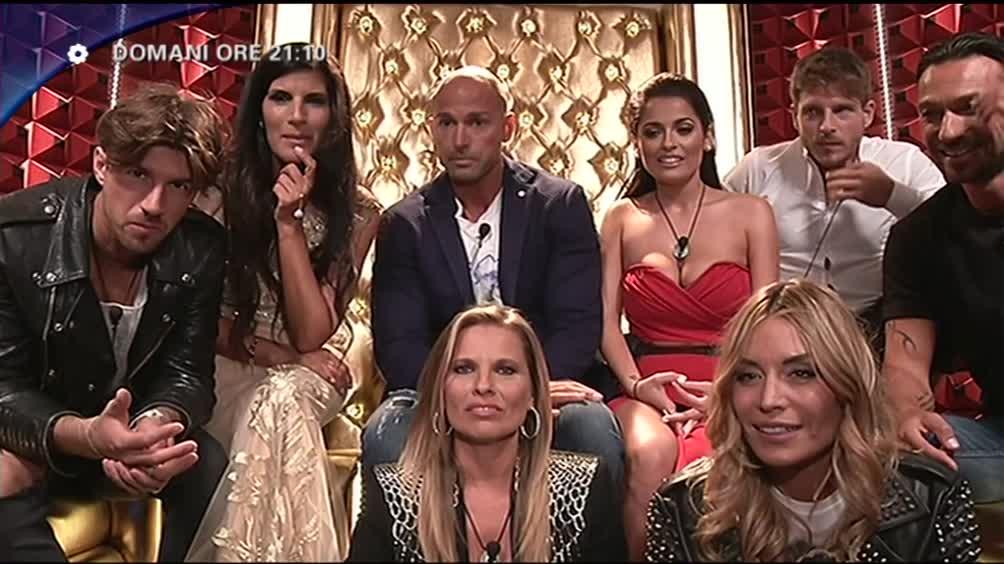 La seconda puntata in diretta su Canale 5